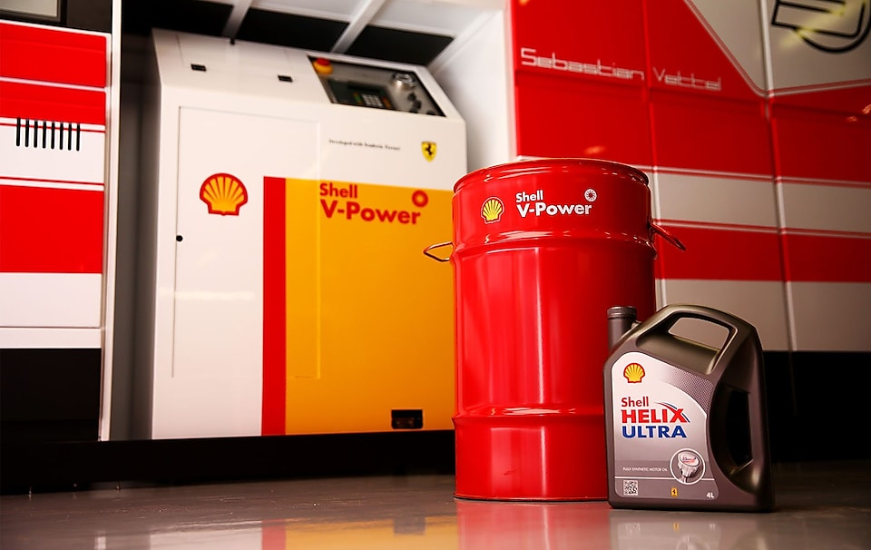 Can of Shell Helix Ultra and Shell V-Power